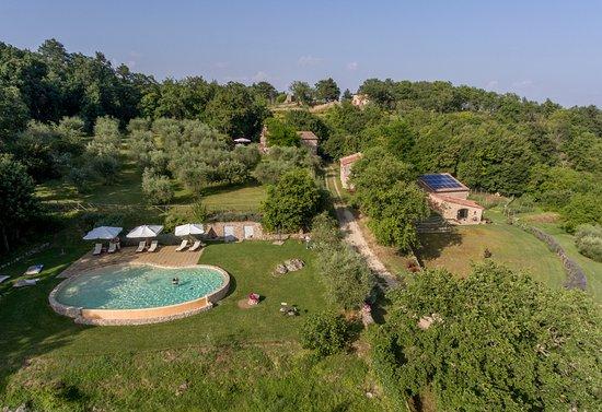 Ciciano, Italia: Panoramica dal drone