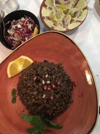 Drummoyne, Australia: Mjadra (lentils and rice with onion)