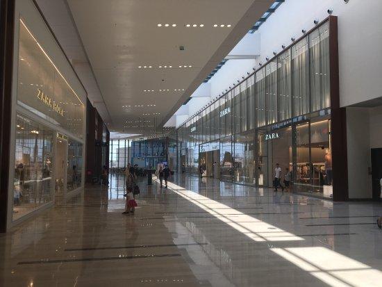 Centro Commerciale Adigeo