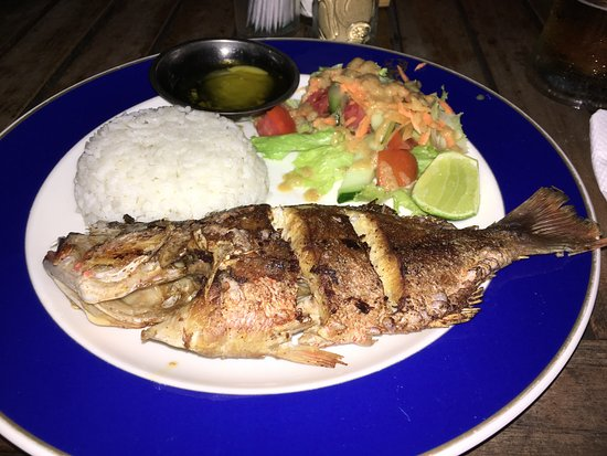 Santhi Bar: snapper