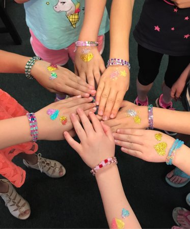 Westfield, NJ: Sparkly Diva Party - get a sparkly glitter tattoo and create your own bracelet!