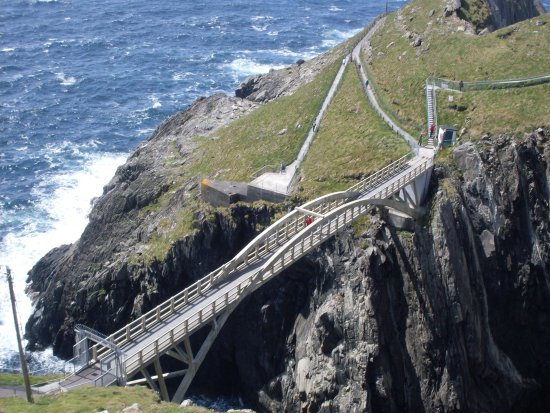 Mizen Head Visitor Centre: This part of the visit requires some climbing, but there are plenty of activities on the walkway