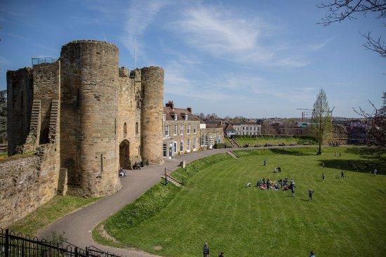 Rochester Castle: Castle view