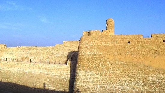 Bahrain Fort - Picture of Qal'at al-Bahrain, Manama