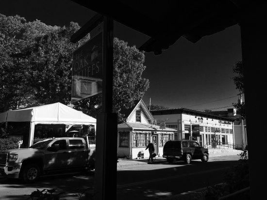 Oak Bluffs Inn: photo2.jpg