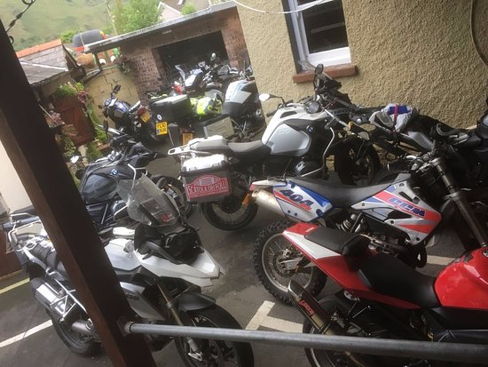 Ystalyfera, UK: Motorbikes for a BMW weekend