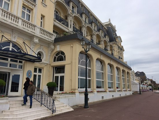 picture of le grand hotel cabourg mgallery collection cabourg tripadvisor. Black Bedroom Furniture Sets. Home Design Ideas