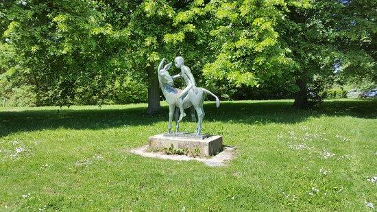 """Skulptur """"Eselreiter"""""""