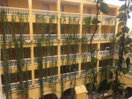 Charleston Cartagena Hotel Santa Teresa: VIsta interior del hotel