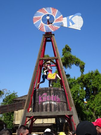 Knott's Berry Farm: photo2.jpg
