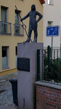 "Skulptur ""Glockengiesser"""