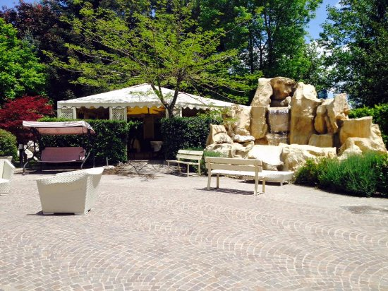 Green Park Hotel: Parco annesso