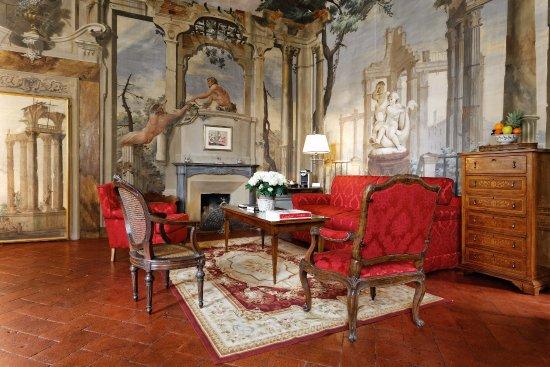 Palazzo Niccolini al Duomo: sitting room