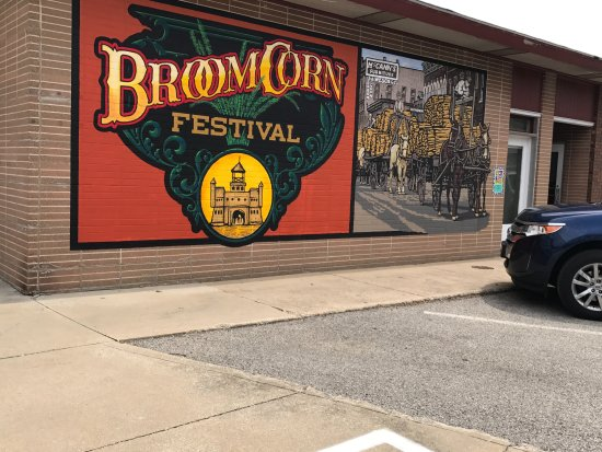 Mural in downtown Arcola