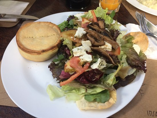 Saladas e pratos gostosos
