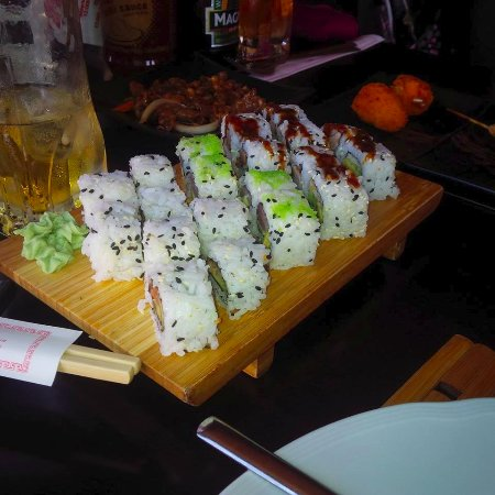 Sushi picture of restaurant jardin la zenia tripadvisor for Cafe jardin menu