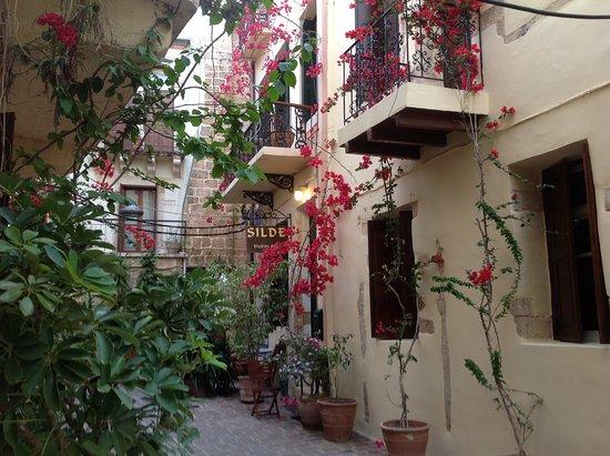 Silde Apartments: Silde Appts, rue Gampa
