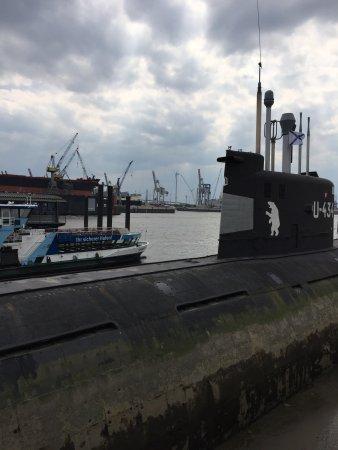U-Bootmuseum U-434: Außenansicht der U-434