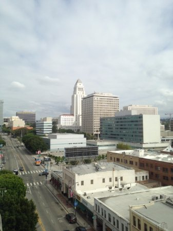 Miyako Hotel Los Angeles: View from our 9th floor room