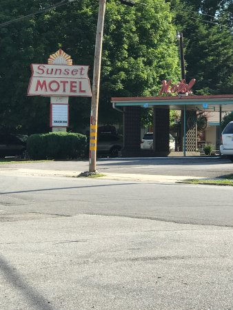 Sunset Motel: photo0.jpg