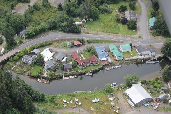 Skamokawa, WA: Aerial shot Twin Gables with red roof