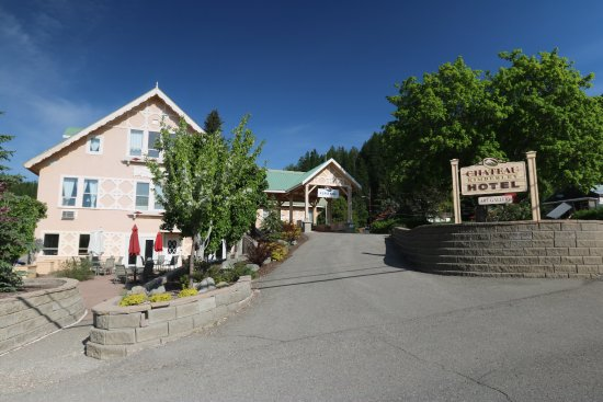 Chateau Kimberley Hotel: Right in the middle of town everything is easy walking distance