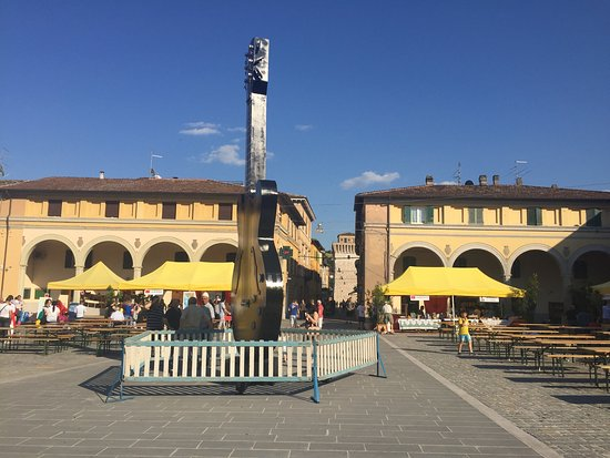 Piazza Garibaldi a Fermignano
