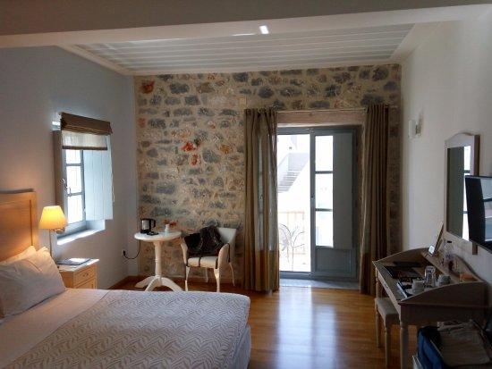 Thirides Beach Resort: View of the room