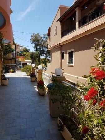 Снимок Rolandos Apartments