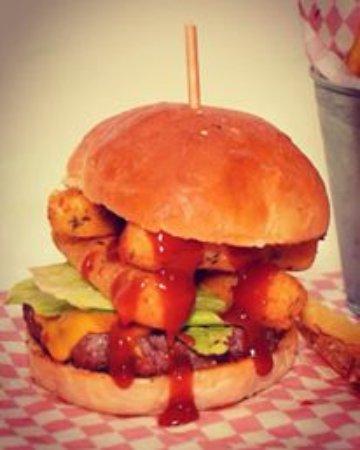 Jamuy Wings & Burgers