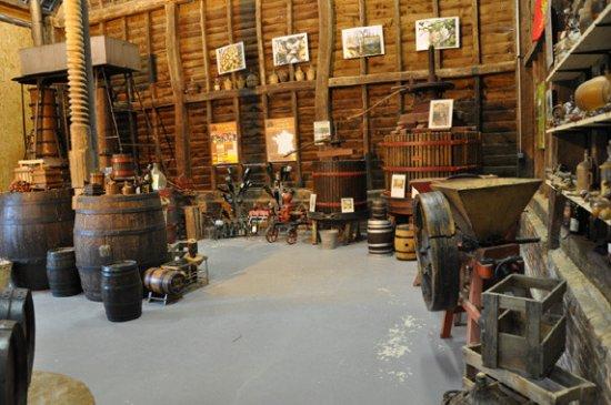 Bretteville-du-Grand-Caux, Francja: Le musée et sa production de cidre