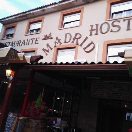 Buitrago de Lozoya, إسبانيا: TA_IMG_20170603_212511_large.jpg