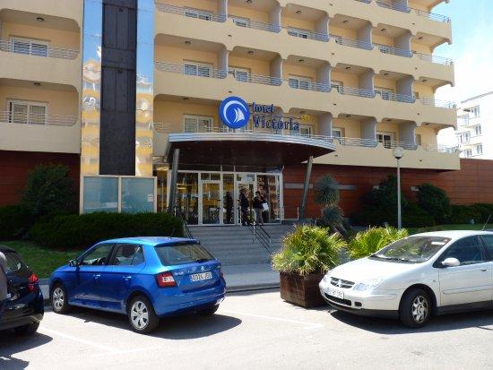 Prestige Victoria: Entrée de l'hôtel