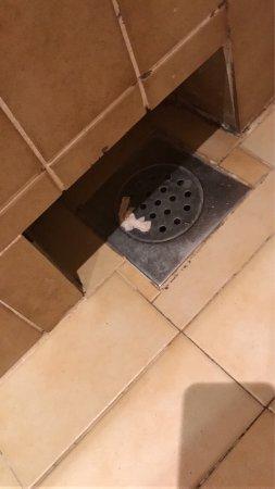Hotel Opatija: Une catastrophe !!! Dégoûter