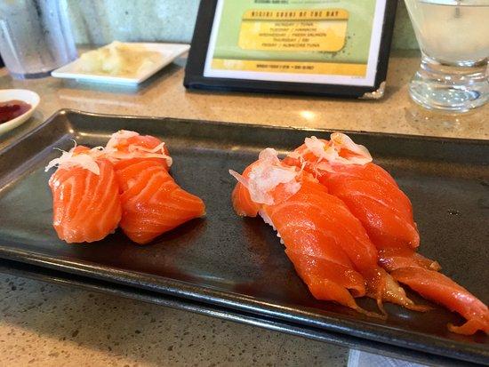 Mikuni japanese restaurant and sushi bar elk grove for Asia sushi bar and asian cuisine mashpee