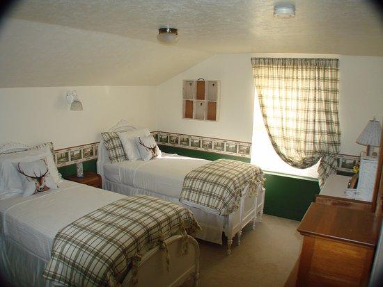John Day, OR: Plumbfield Room