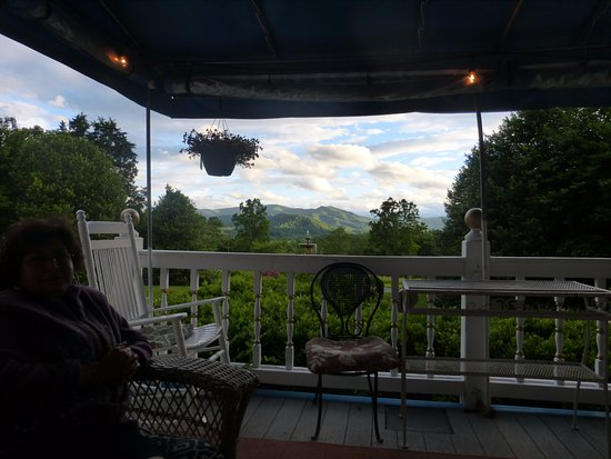 Nellysford, VA: Front porch