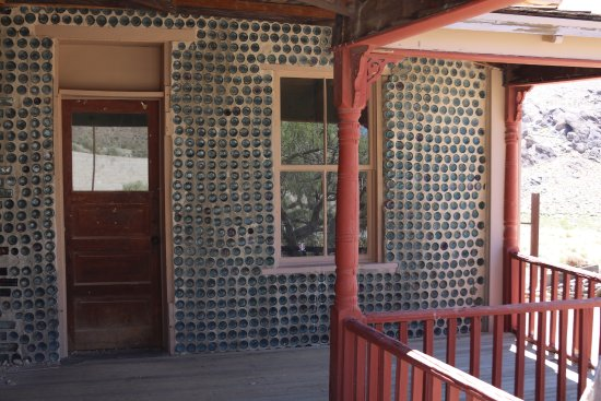 Rhyolite: House made from bottles