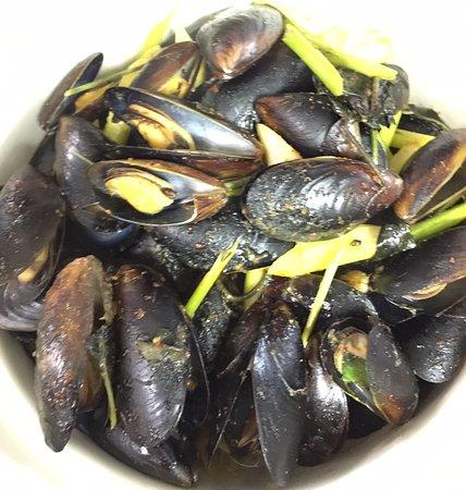 Snellville, GA: Black Mussel