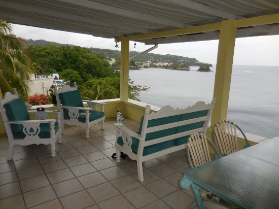 Casa del Vega: The Sunset Lounge where we spent time waiting for our lift to the airport