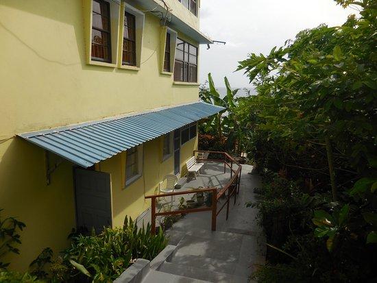 Casa del Vega: Entrance to our room