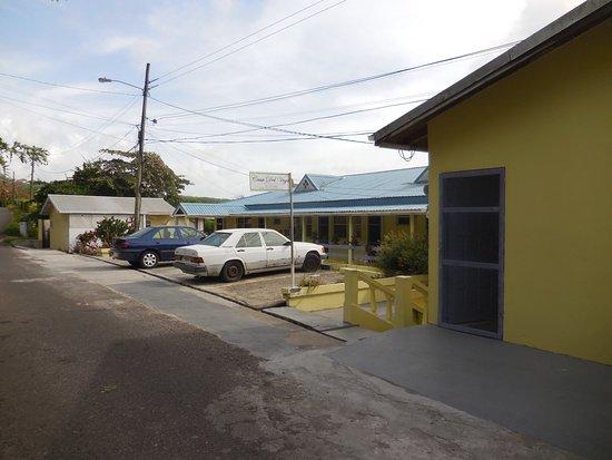 Casa del Vega: Road entrance