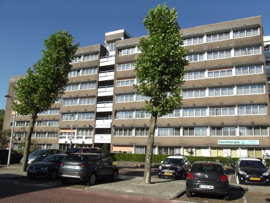 New West Inn Amsterdam: Inside is newer than what appears on the outside.