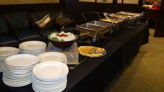 Independence, MO: Dinner Buffet