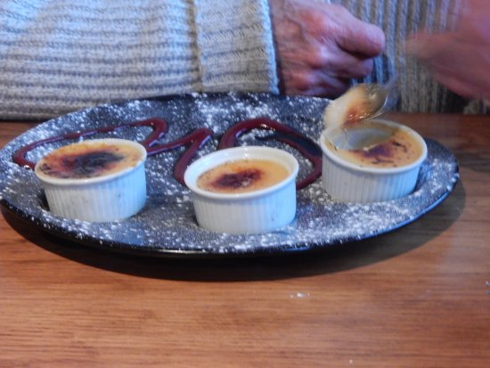 Constable Burton, UK: Trio of Creme Brûlée