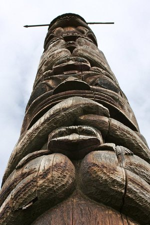 New Hazelton, Kanada: The Gitxsan Territory holds the title of Totem Pole Capital of the World!