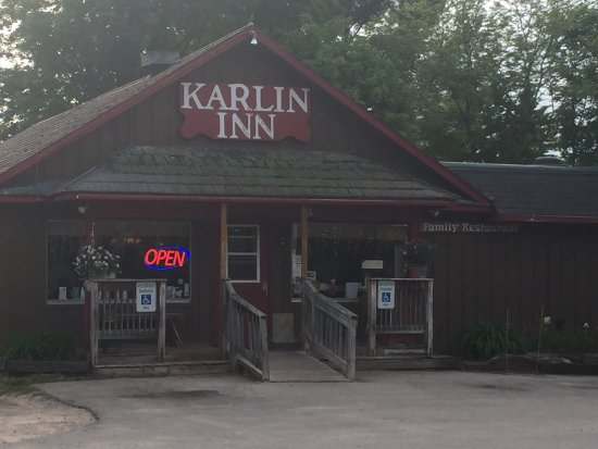 Interlochen, Μίσιγκαν: Nice little out of the way place, friendly service and great food!