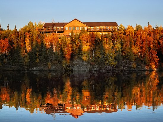 Flin Flon, Канада: View of the lodge from Amisk Lake