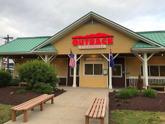 Bellingham, MA: Outback Steakhouse