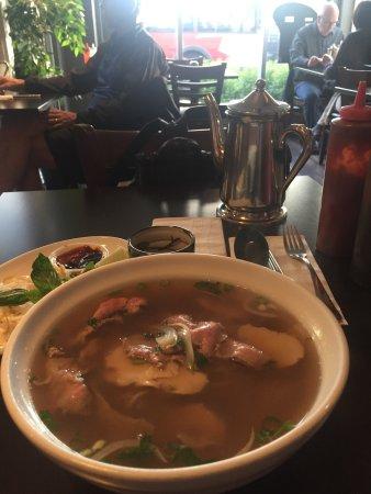 Pho Van Van Vietnamese Restaurant: photo0.jpg